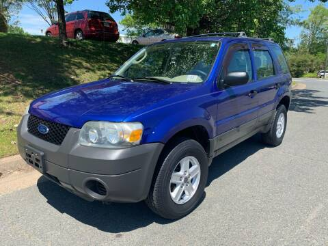 2005 Ford Escape for sale at Dream Auto Group in Dumfries VA