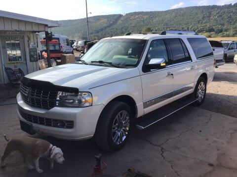 2007 Lincoln Navigator L for sale at Troys Auto Sales in Dornsife PA