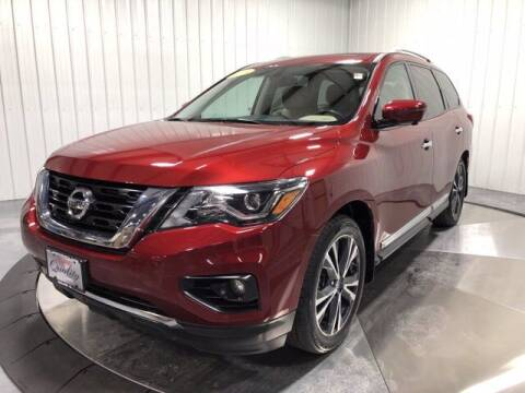2018 Nissan Pathfinder for sale at HILAND TOYOTA in Moline IL
