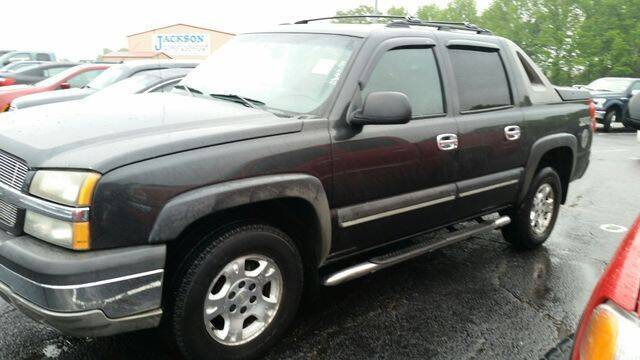 2003 Chevrolet Avalanche for sale at AFFORDABLE DISCOUNT AUTO in Humboldt TN