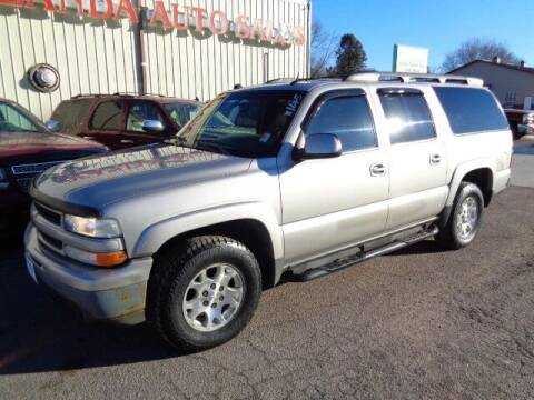 2005 Chevrolet Suburban for sale at De Anda Auto Sales in Storm Lake IA