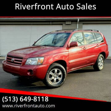 2005 Toyota Highlander for sale at Riverfront Auto Sales in Middletown OH
