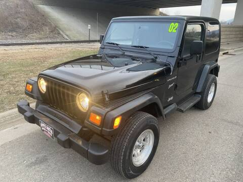 2002 Jeep Wrangler for sale at Apple Auto in La Crescent MN