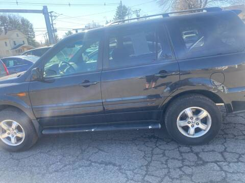 2006 Honda Pilot for sale at Whiting Motors in Plainville CT