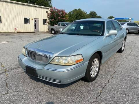 2007 Lincoln Town Car for sale at Brewster Used Cars in Anderson SC