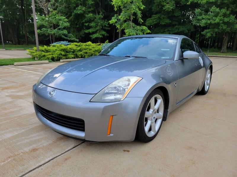 2003 Nissan 350Z for sale at Lease Car Sales 3 in Warrensville Heights OH