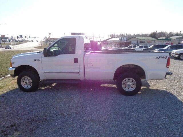 2000 Ford F-250 Super Duty for sale at Rod's Auto Farm & Ranch in Houston MO