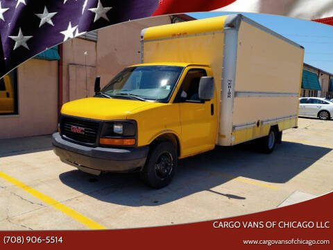 2005 GMC Savana Cutaway for sale at Cargo Vans of Chicago LLC in Mokena IL