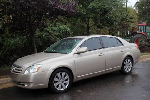 2006 Toyota Avalon for sale at M & M Auto Brokers in Chantilly VA