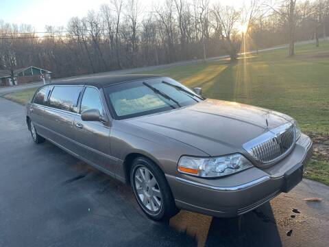 2003 Lincoln Town Car for sale at Trocci's Auto Sales in West Pittsburg PA