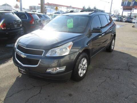 2011 Chevrolet Traverse for sale at King's Kars in Marion IA
