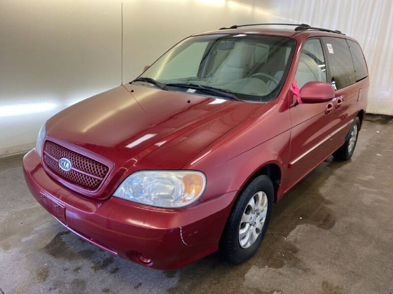 2005 Kia Sedona for sale at Doug Dawson Motor Sales in Mount Sterling KY