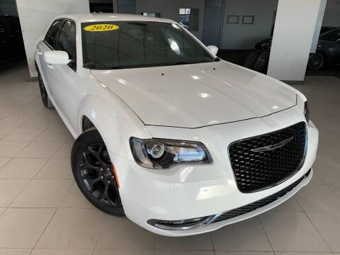 2020 Chrysler 300 for sale at Auto Mall of Springfield in Springfield IL