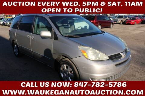 2004 Toyota Sienna for sale at Waukegan Auto Auction in Waukegan IL