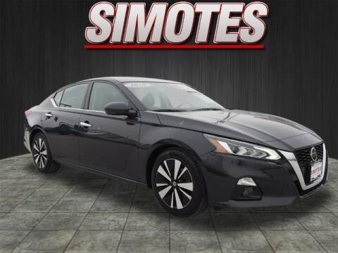 2020 Nissan Altima for sale at SIMOTES MOTORS in Minooka IL