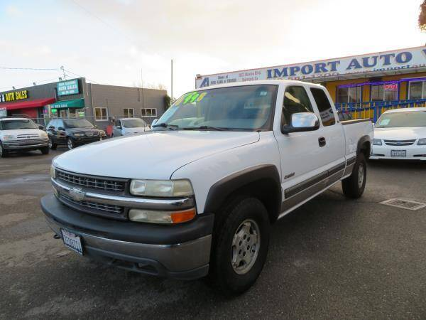 2000 Chevrolet Silverado 1500 for sale at Import Auto World in Hayward CA