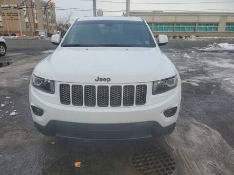 2015 Jeep Grand Cherokee for sale at OFIER AUTO SALES in Freeport NY