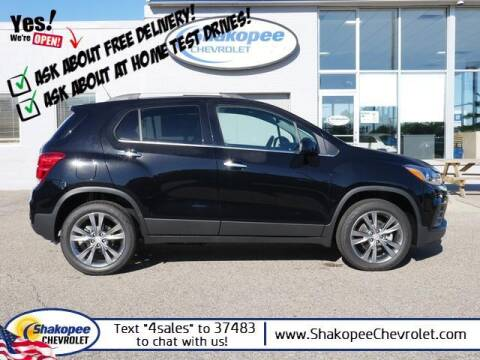2020 Chevrolet Trax for sale at SHAKOPEE CHEVROLET in Shakopee MN