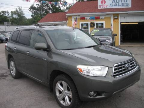 2009 Toyota Highlander for sale at One Stop Auto Sales in North Attleboro MA