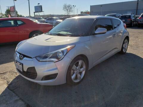 2015 Hyundai Veloster for sale at LR AUTO INC in Santa Ana CA
