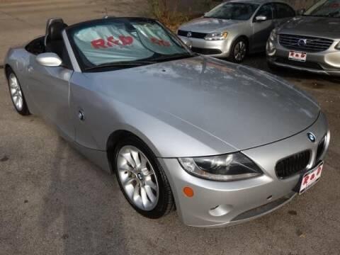 2005 BMW Z4 for sale at R & D Motors in Austin TX