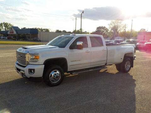 2019 GMC Sierra 3500HD for sale at Young's Motor Company Inc. in Benson NC