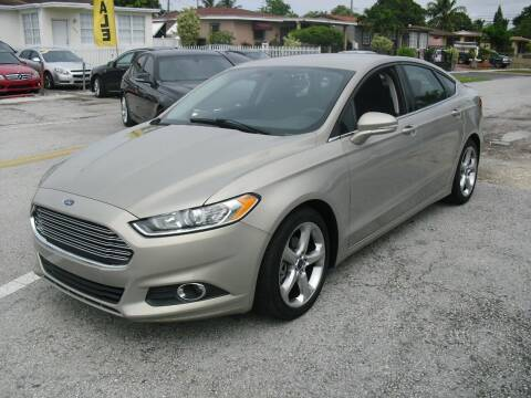 2015 Ford Fusion for sale at SUPERAUTO AUTO SALES INC in Hialeah FL