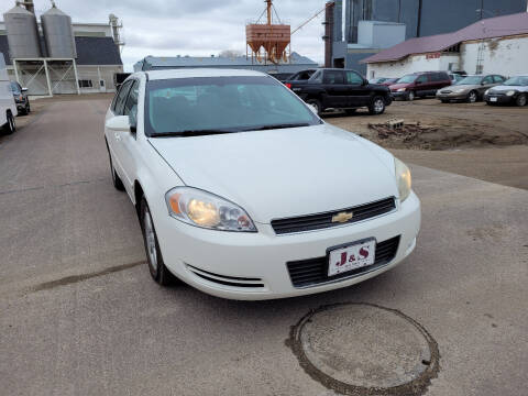 2006 Chevrolet Impala for sale at J & S Auto Sales in Thompson ND