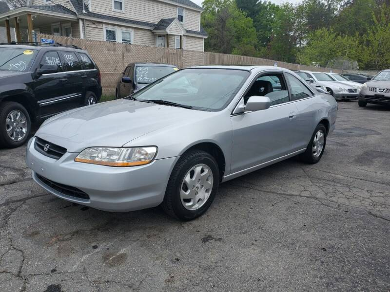 2000 Honda Accord for sale at JR's Auto Connection in Hudson NH