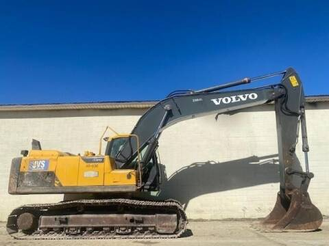 2014 Volvo EC220DL for sale at Vehicle Network - Milam's Equipment Sales in Sutherlin VA