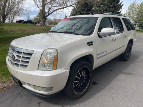 2007 Cadillac Escalade ESV for sale at BELOW BOOK AUTO SALES in Idaho Falls ID