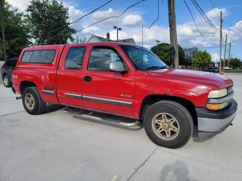 2001 Chevrolet Silverado 1500 for sale at Julian Auto Sales, Inc. in Warren MI