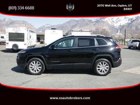 2017 Jeep Cherokee for sale at S S Auto Brokers in Ogden UT