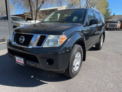 2009 Nissan Pathfinder for sale at Local Motors in Bend OR