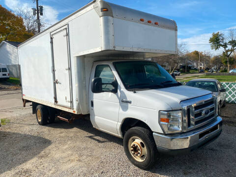 2012 Ford E-Series Chassis for sale at GREENLIGHT AUTO SALES in Akron OH