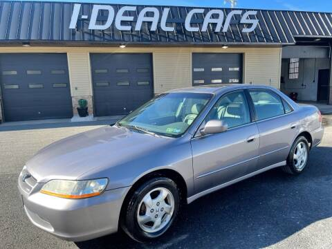 2000 Honda Accord for sale at I-Deal Cars in Harrisburg PA