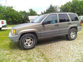 1997 Jeep Grand Cherokee for sale at C & R Auto Sales in Bowlegs OK