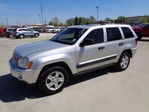 2005 Jeep Grand Cherokee for sale at De Anda Auto Sales in Storm Lake IA