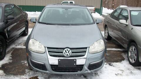 2005 Volkswagen Jetta for sale at Griffon Auto Sales Inc in Lakemoor IL