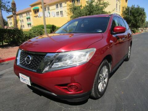 2015 Nissan Pathfinder for sale at PRESTIGE AUTO SALES GROUP INC in Stevenson Ranch CA