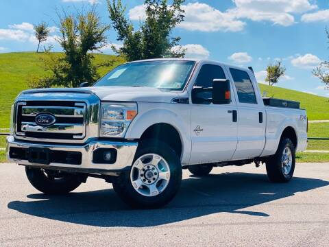 2016 Ford F-250 Super Duty for sale at AUTO DIRECT in Houston TX
