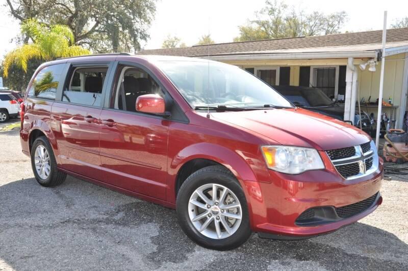 2014 Dodge Grand Caravan for sale at Elite Motorcar, LLC in Deland FL