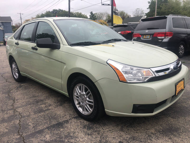 2010 Ford Focus for sale at COMPTON MOTORS LLC in Sturtevant WI