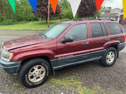 1999 Jeep Grand Cherokee for sale at Trocci's Auto Sales in West Pittsburg PA