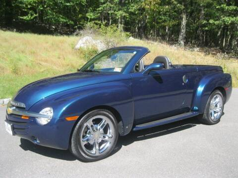 2006 Chevrolet SSR for sale at Right Pedal Auto Sales INC in Wind Gap PA
