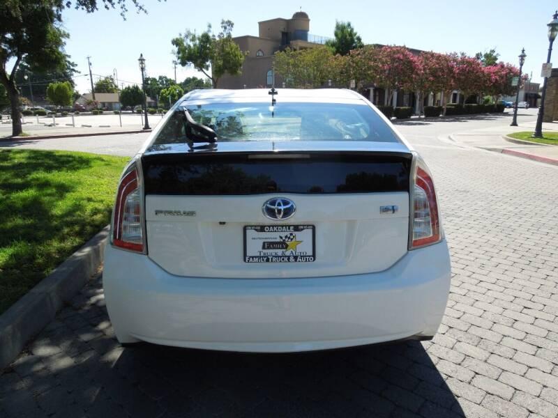2012 Toyota Prius Four 4dr Hatchback - Oakdale CA