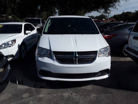 2017 Dodge Grand Caravan for sale at FAMILY AUTO BROKERS in Longwood FL