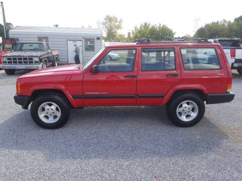 1999 Jeep Cherokee for sale at CAR-MART AUTO SALES in Maryville TN