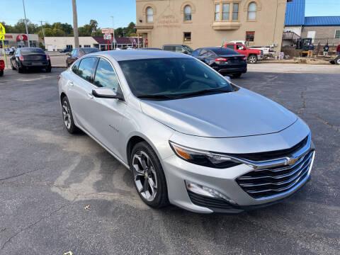 2020 Chevrolet Malibu for sale at RT Auto Center in Quincy IL
