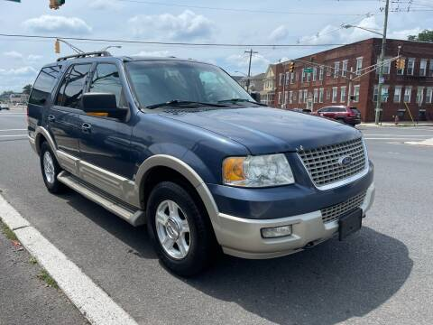 2006 Ford Expedition for sale at G1 AUTO SALES II in Elizabeth NJ